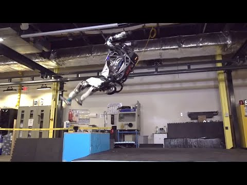 Quand les robots font des salto arrière !!