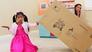 Emma Pretend Play Best Hide and Seek Spot Fun Game for Kids w/ Toys