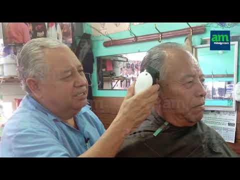 De ayudante de albañil a peluquero, cortes con tradición