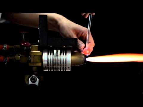 Vídeo Universos em miniatura – A arte em vidro de Satoshi Tomizu