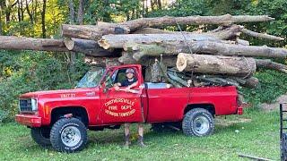 Squarebody Hauls 32,000lbs in Logs