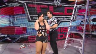 AJ Lee vs. Vickie Guerrero: Raw, Dec. 10, 2012