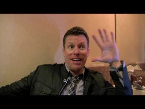 An interview with comedian Chris Franjola of 'Chelsea Lately ...