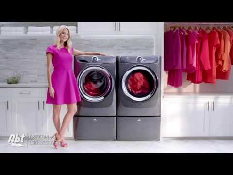 Emily Jackson Loves Electrolux Laundry at Abt Electronics