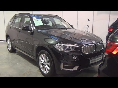 BMW X5 xDrive 30d (2014) Exterior and Interior in 3D