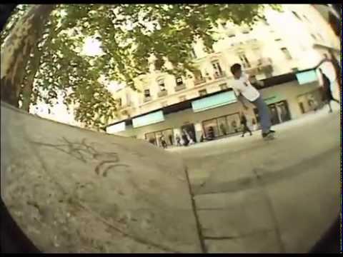 Video CLICHE Skateboard HANDWRITTEN 8 TIE DYE