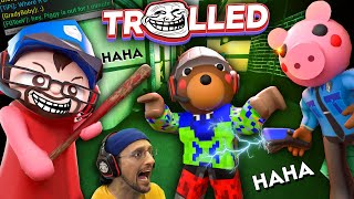 PIGGY Book 2: Trolling Robloxians & Bots in Alley's (FGTeeV Funny Roblox Gameplay)
