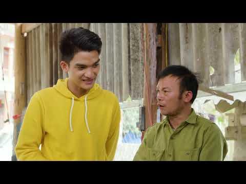 Mạc Văn Khoa lần đầu thử làm thợ rèn dao ở làng Pắc Rằng - Cao Bằng | Ẩm Thực Kỳ Thú Tập 19