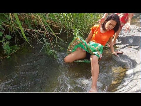 Primitive technology. Amazing girl fishing