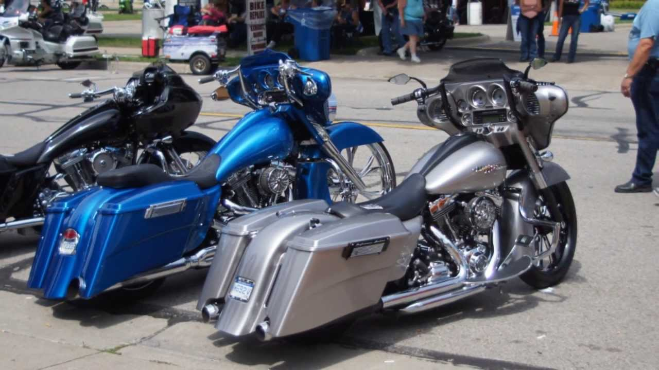 Motorcycles Baggers - YouTube