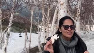 Watch: Anchor Anasuya enjoying in Gulmarg; Jammu and Kashm..