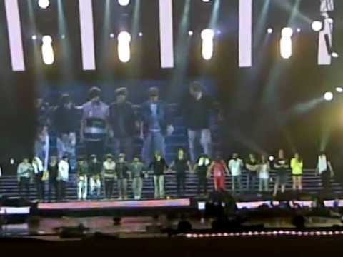 [FANCAM] 120429 SS4INA Day 3 - ENDING (With EXO-M&All Staffs)