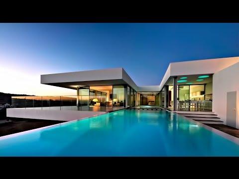 Štýlové, luxusné a minimalisticky moderné sídlo v Praia da Luz, Algarve, Portugalsko