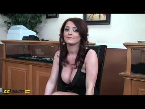 Girl open nude butt