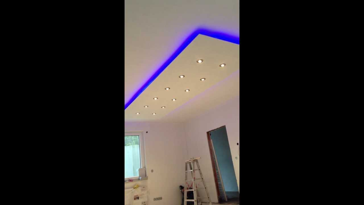 abgeh ngte decke indirkte beleuchtung led halogen spots youtube. Black Bedroom Furniture Sets. Home Design Ideas