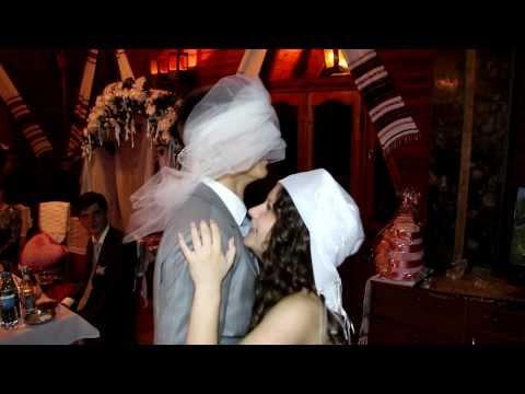 Ведучий на весілля. Музичний супровід.Світлові ефекти