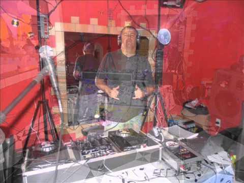 Baixar DJ MALUCÃO: ESSE É O CARA!!!!/ Funk Batidão. 8