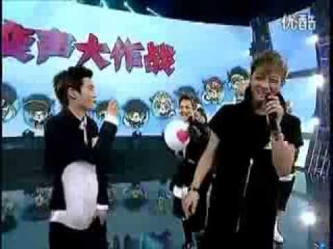 [ENG SUB]130927 EXO Pepero Game @ China Big Love Concert