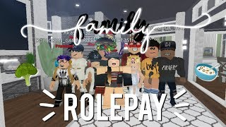 FAMILY ROLEPLAY | Bloxburg Roblox
