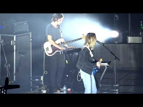 The Japanese House @ Manchester Arena | Face Like Thunder | 13.12.16