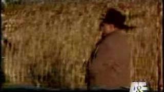 Leave the gun. Take the cannoli. (7 sec)