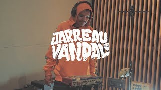 Jarreau Vandal - Someone That You Love ft. Olivia Nelson (Live at Red Bull Studios)