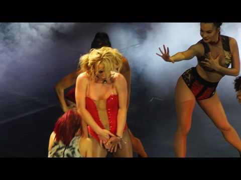Toxic - Britney Spears Live in Manila