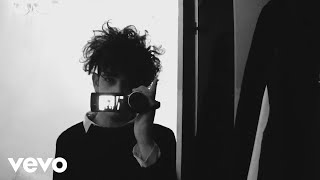 The 1975 - Guys (Official Video)