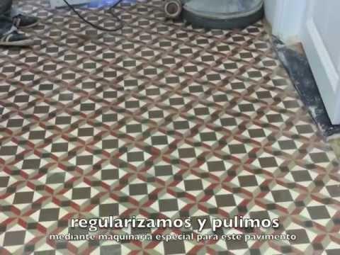 Pavimento de mosaico hidr ulico en un piso modernista de for Pavimento con mosaico