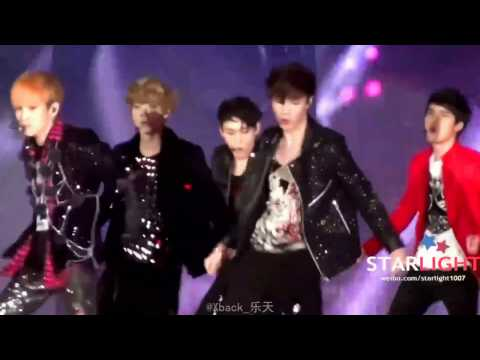 Lucifer - exo stage with Shinee (Lay Focus)