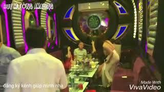 Đột kích karaoke tay vịn của các con zời