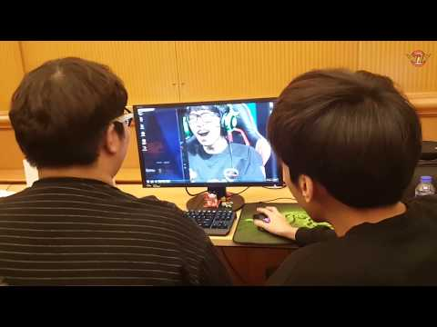 SP12.SKT in China! Why did they gather up in front of the monitor?![T1 CAMERA]