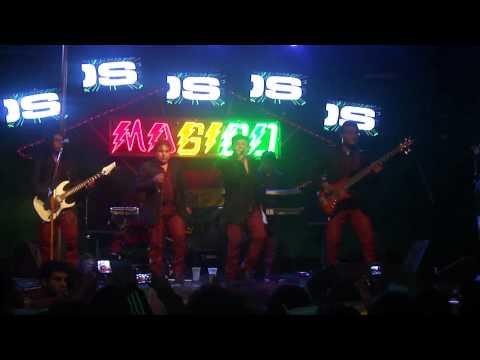 Grupo Delirios 2012 - Papito Lindo en vivo