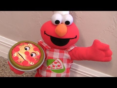 Singing Pizza Elmo Singing To Mack Truck Hauler & Dinoco Lightning McQueen Cars 2 Sesame Street - Smashpipe Entertainment Video