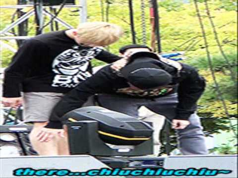 Exo Funny/Cute Moments Part 15 (2013)