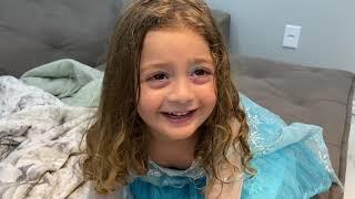 O baby shark comeu a aranha robô