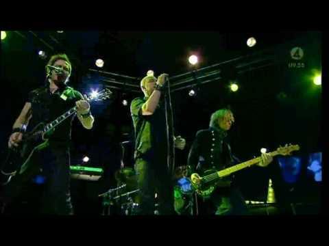 Renegade Five play Darkest Age live at swedish TV4