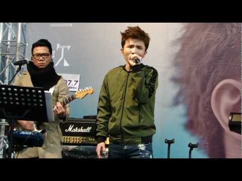 小宇- 一個光年的距離 ([再一次]台北簽唱會) 2012.12.30