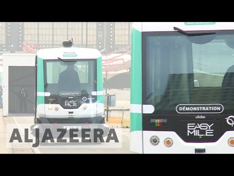 Paris tackles pollution with driverless buses