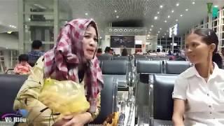Cười té ghế với Bà Lê Thị Dần lần đầu tiên đi máy bay .....