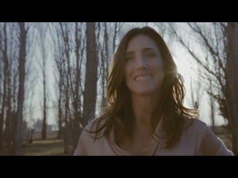 """Soledad, presenta """"Parte de mí"""" mientras se reencuentra a sí misma a los 40 años"""