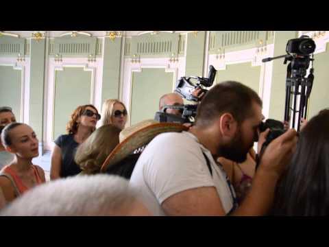 Чернівецькі журналісти ТВА штурмували ОДА