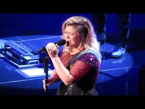Kelly Clarkson Covering