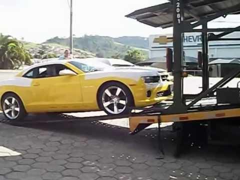 Camaro Amarelo Desembarcando em Itajubá (MG) - Autogerais