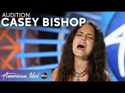 Amazing! Luke Bryan Calls 15-Year-Old Casey Bishop A Massive Star! - American Idol 2021
