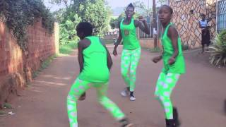 Cow And Chicken video-eachamps.con