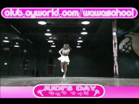 WAWA DANCE ACADEMY GIRL'S DAY HUG ME ONCE DANCE STEP