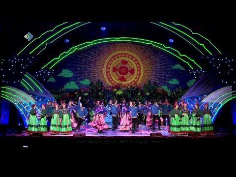 Грандиозным гала концертом мастеров искусств завершились Дни Республики Коми в Санкт Петербурге