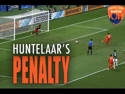 The Netherlands goes crazy when Huntelaar scores 2-1 against Mexico photo