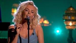 Zo mooi! Silvy brengt een etherische versie van 'In And Out Of Love'   Liefde Voor Muziek